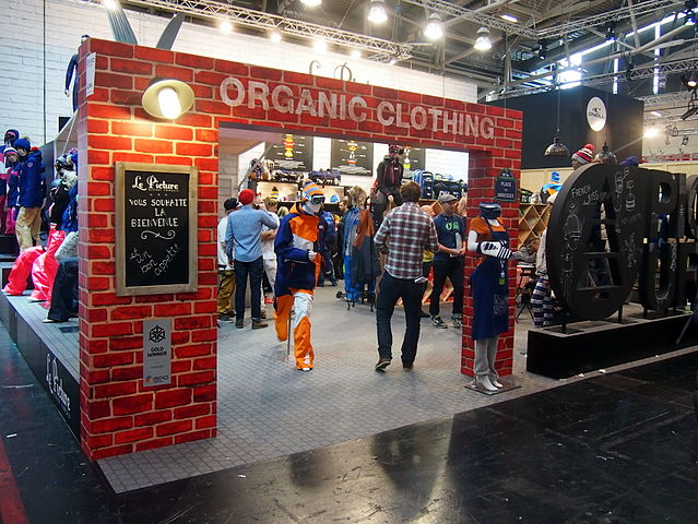 Organic_clothing_booth_ISPO_2014_Munich