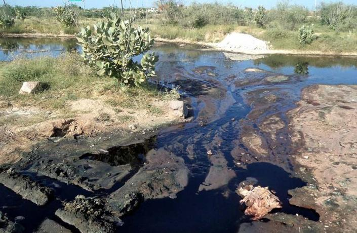polluted-bandi-river-in-pali-photo-ht_3291eebe-0bd1-11e7-ba13-f6aef3964879