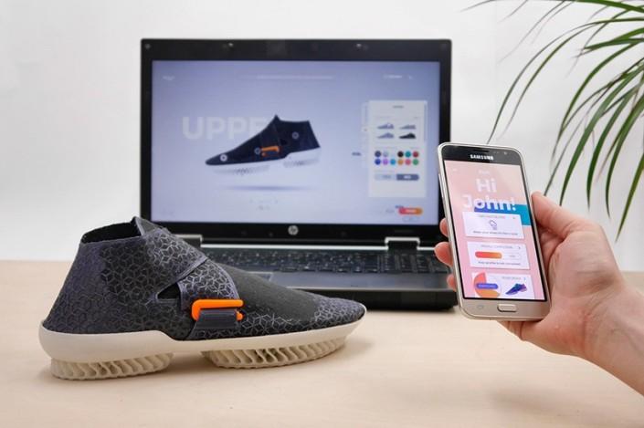 zuza-gronowicz-barbara-motylinska-shoetopia-3D-printed-shoes-designboom-818-012-818x545